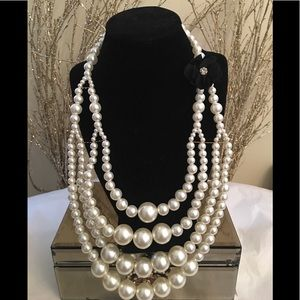 Jewelry - Big Statement of Pearls🤭😍